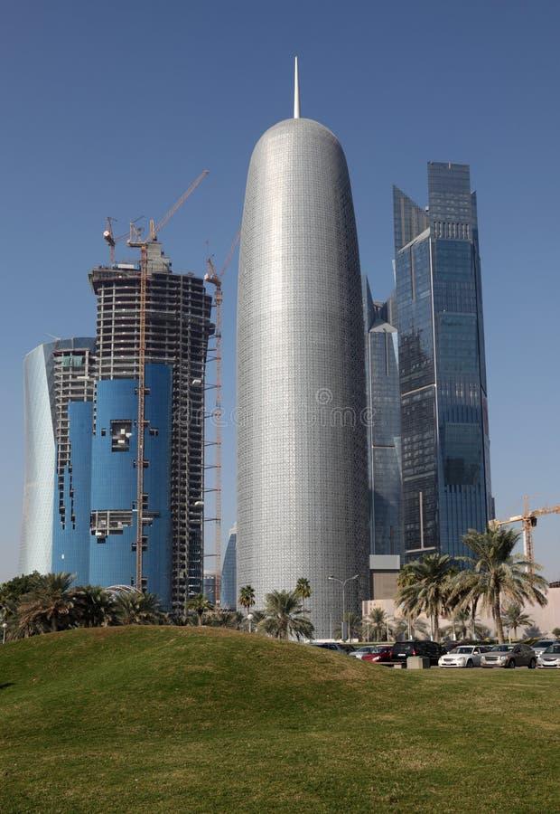 Download Arranha-céus No Louro Ocidental De Doha Foto de Stock - Imagem de arquitetura, árabe: 26501322