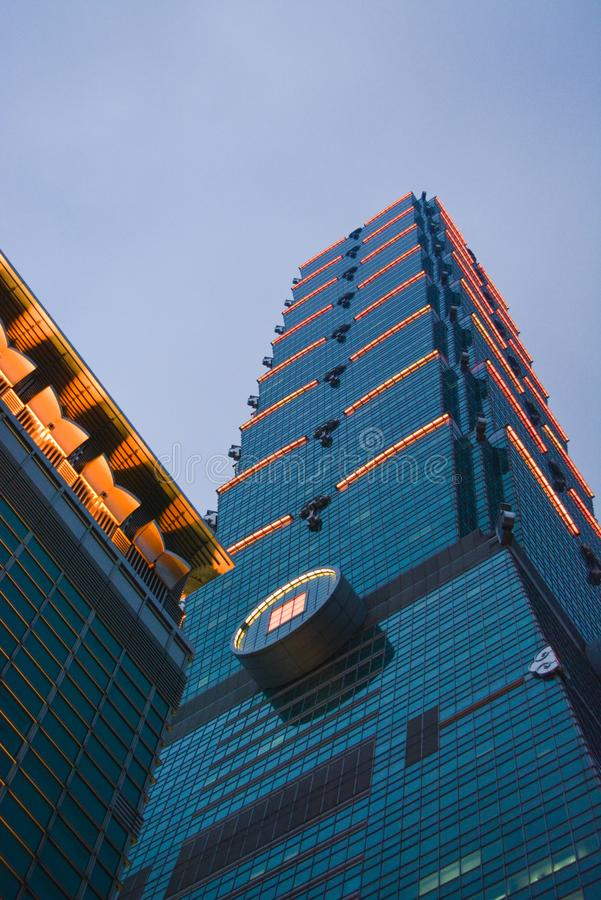 Arranha-céus supertall do marco em Taipei, Taiwan fotos de stock