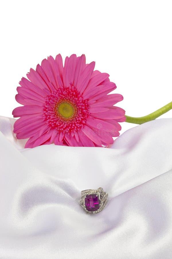 Arranjo da flor com pedra preciosa foto de stock royalty free