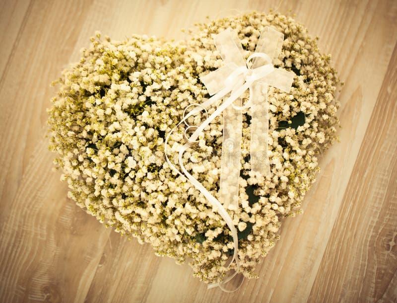 Arranjo de flor do casamento imagens de stock