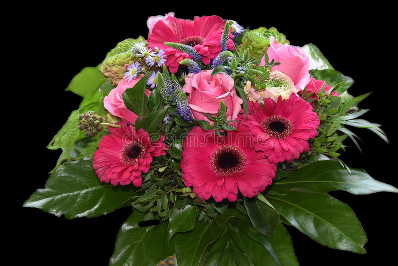 Arranjo de flores cor-de-rosa imagens de stock royalty free