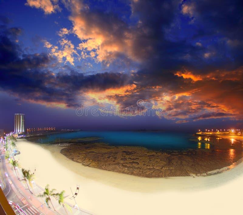 Arrecife Lanzarote Playa del Reducto strand royaltyfria foton