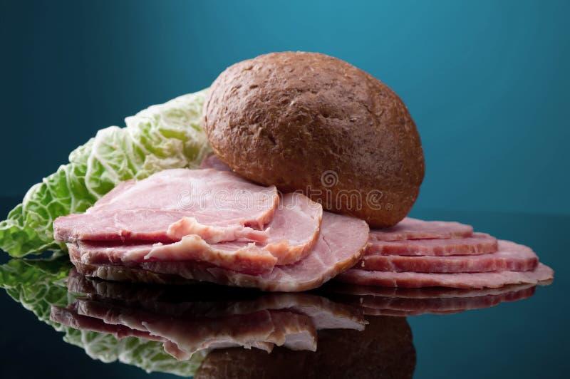 Arreglo cortado de la comida de la carne imágenes de archivo libres de regalías