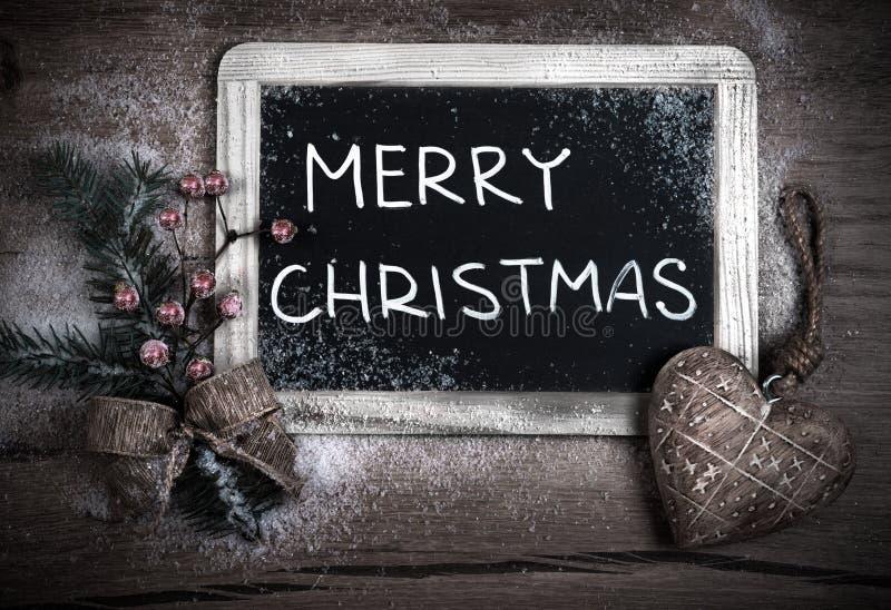 Arreglo de la Navidad con el tablero del carbón de leña fotos de archivo libres de regalías