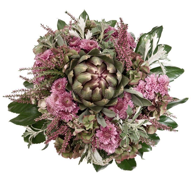 Arreglo del otoño de la alcachofa y del crisantemo foto de archivo