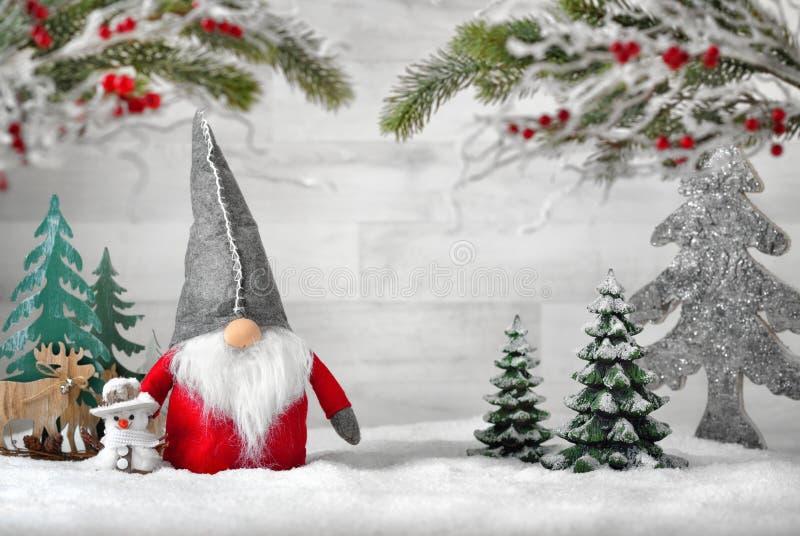 Arreglo ornamental para el invierno y la Navidad imagen de archivo