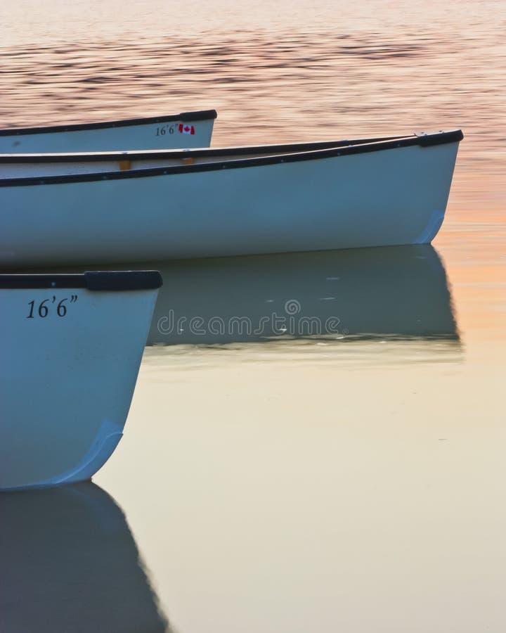 Arrendamentos da canoa imagem de stock
