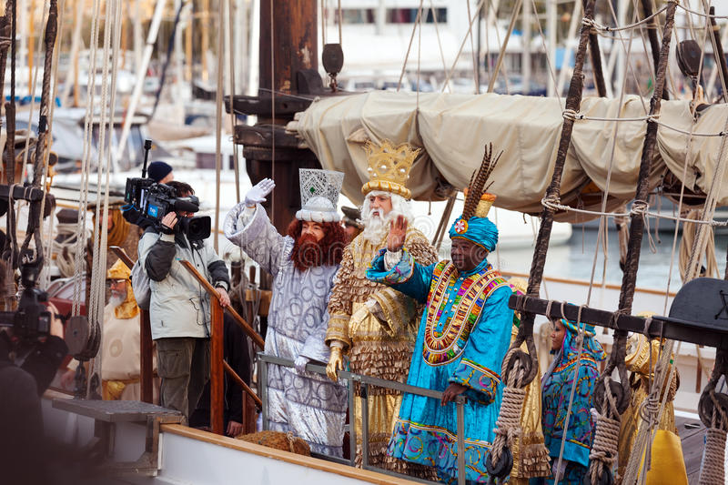 Download Arrival Of The Magi To Barcelona Port By Ship Editorial Image - Image: 36681390