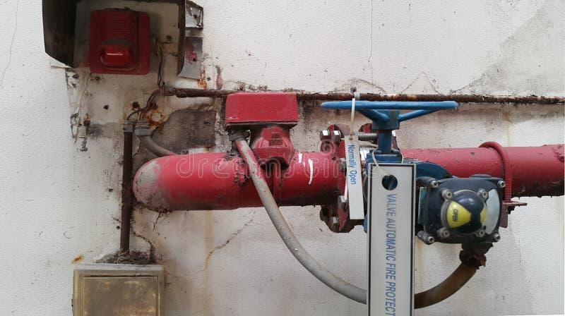 Arrosez l'équipement pour le système de lutte anti-incendie, lutte anti-incendie automatique de valve photos stock