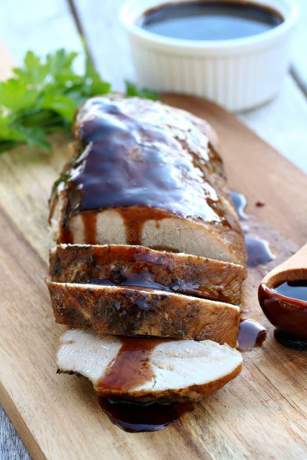Arrosto di carne di maiale con la glassa balsamica fotografie stock libere da diritti