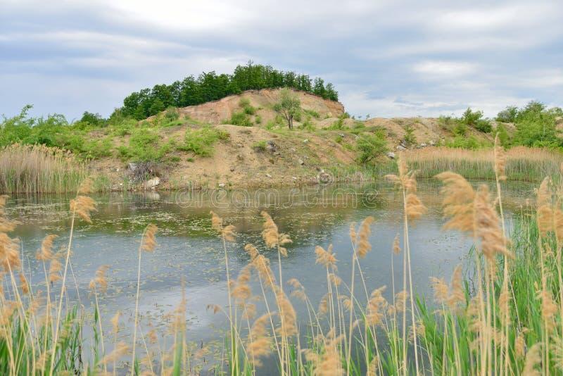 Arround del paesaggio il lago blu lagoon immagini stock