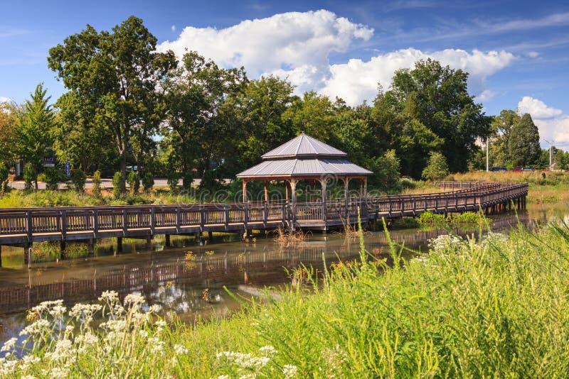 Arrowbrook公园木板走道Herndon弗吉尼亚 库存图片