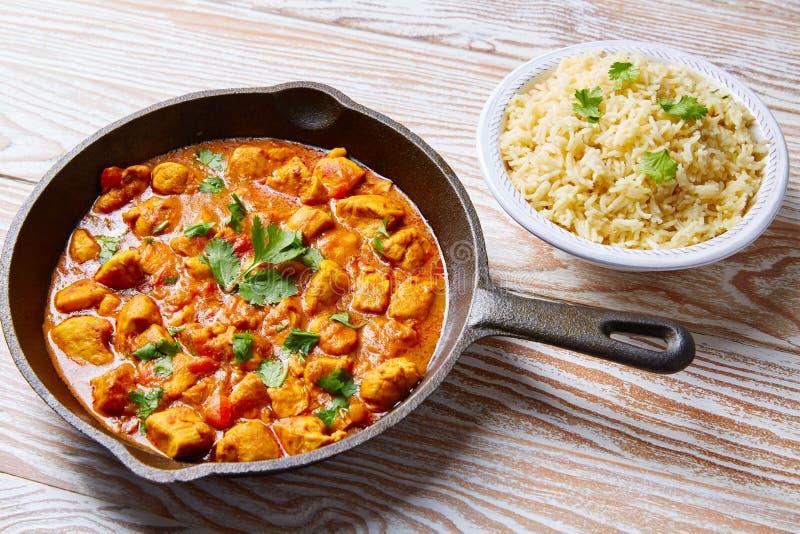 Arroz basmati de la receta india del curry del pollo imagen de archivo