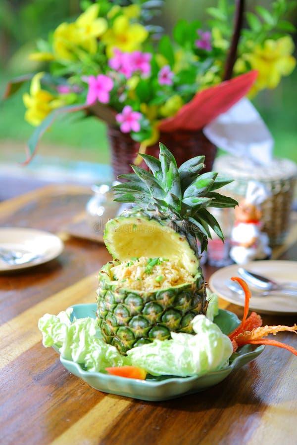 Arroz cozido com abacaxi foto de stock royalty free