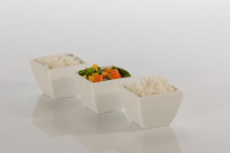 Download Arroz e vegetais sautéed foto de stock. Imagem de fritado - 26507712