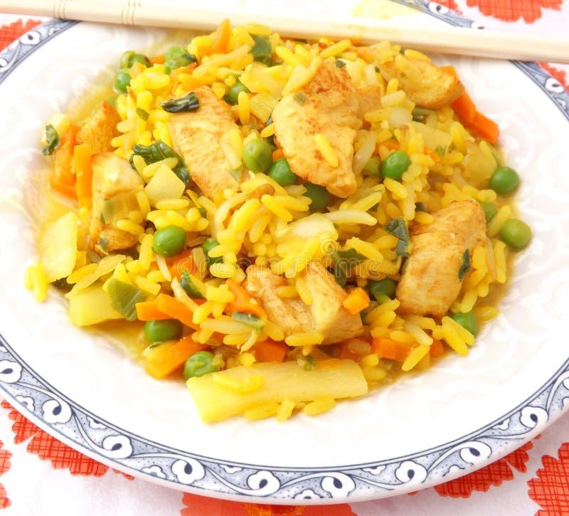 Download Arroz frito con el pollo imagen de archivo. Imagen de comida - 42426907
