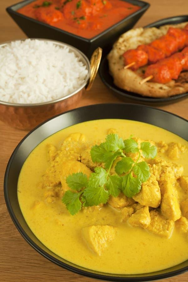 Arroz indiano Naan de Tikka Massala da galinha do caril da refeição do alimento do banquete fotos de stock royalty free