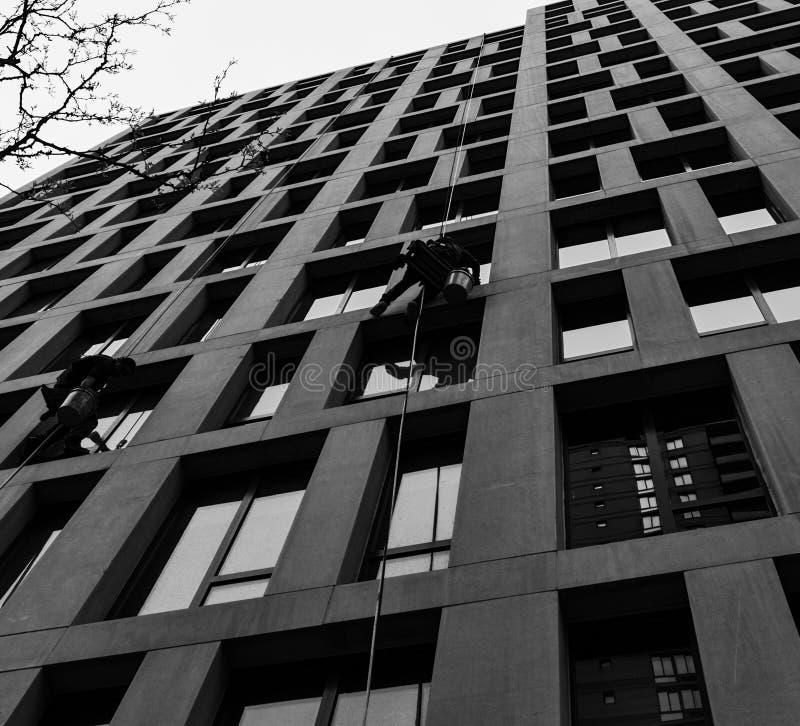 Arruelas de janela, nas ruas de New York, NYC imagens de stock