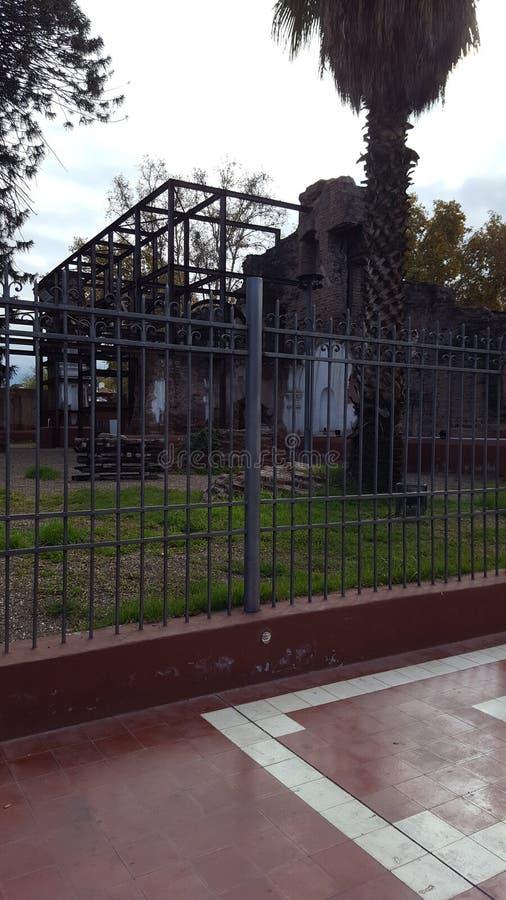 Arruina la historia de la Argentina de la ciudad del mendoza de la iglesia del vino del mendoza fotografía de archivo