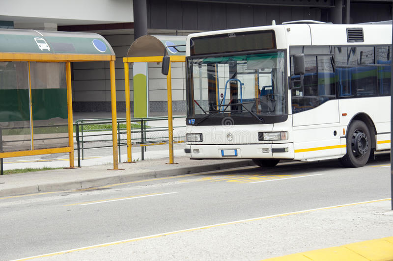 Arrêt de bus photo libre de droits