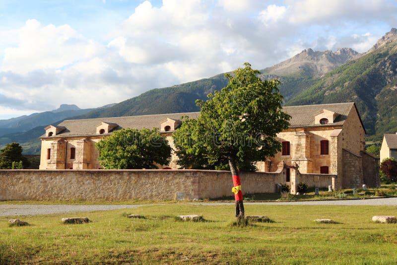 Arsenal av fortet av Mont-Dauphinen, Hautes Alpes, Frankrike royaltyfria bilder