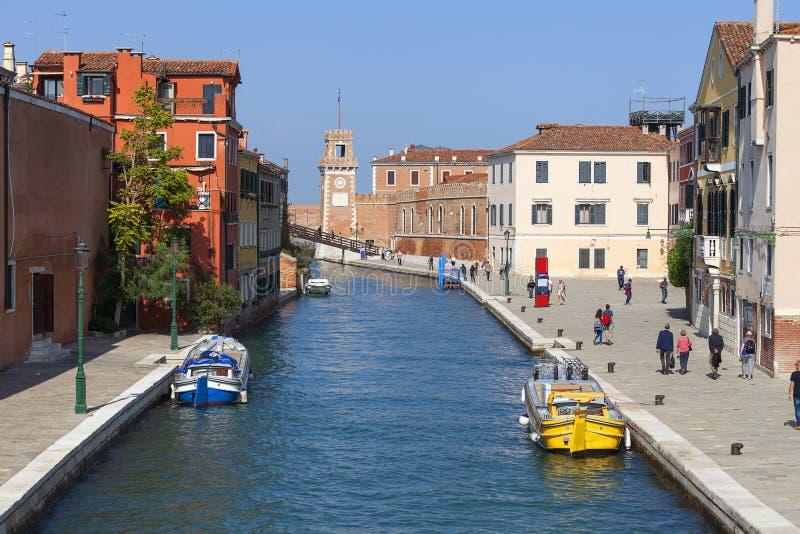 Arsenal veneciano, Fondamenta Arsenale, complejo del astillero anterior, Venecia, Italia imagen de archivo libre de regalías