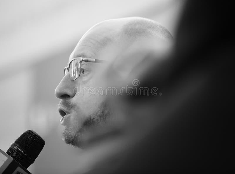 Arseniy Yatsenyuk tijdens 10de Kyiv-Veiligheidsforum royalty-vrije stock fotografie