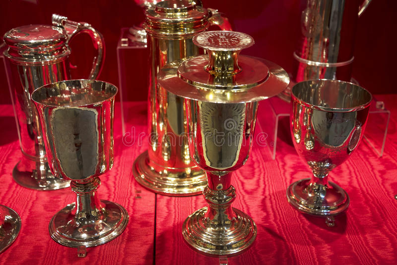 Artículos de plata adornados en Chester England imagen de archivo libre de regalías