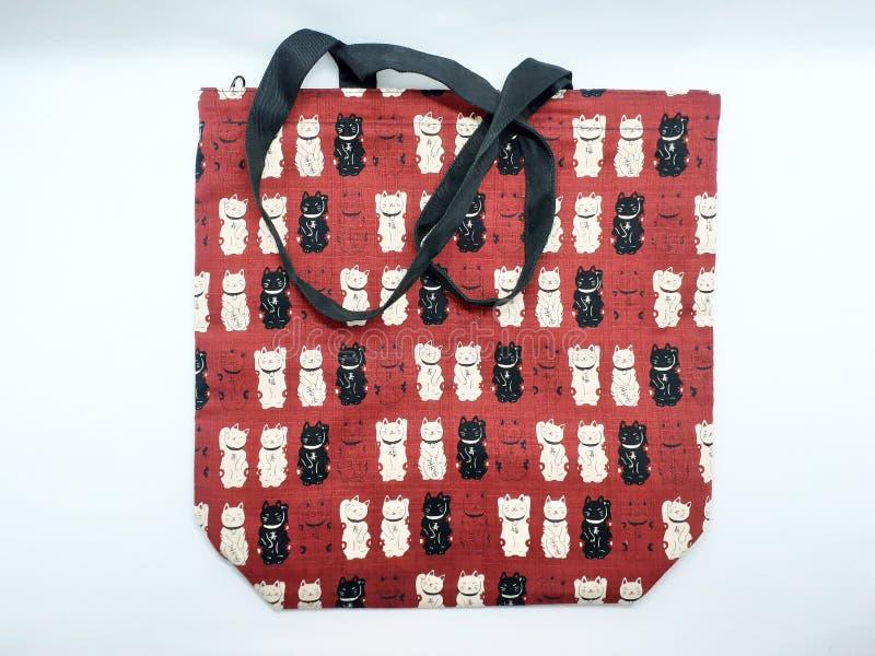 Artístico moderno com o saco de compras decorativo bonito da mulher do teste padrão no fundo isolado branco 001 foto de stock