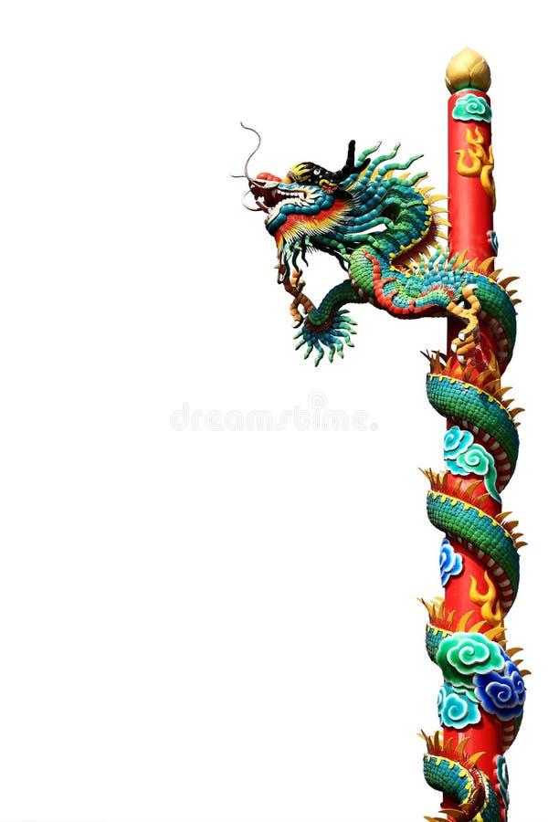 Art chinois de statue de dragon sur le courrier image stock