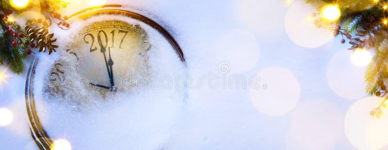 Art Christmas und guten Rutsch ins Neue Jahr Vorabendhintergrund; 2017 lizenzfreie stockfotos