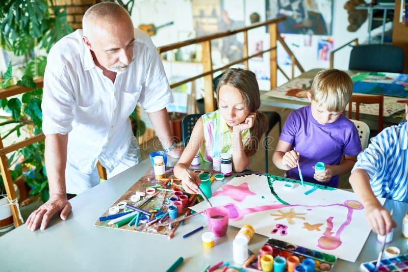 Art Class na escola fotografia de stock royalty free