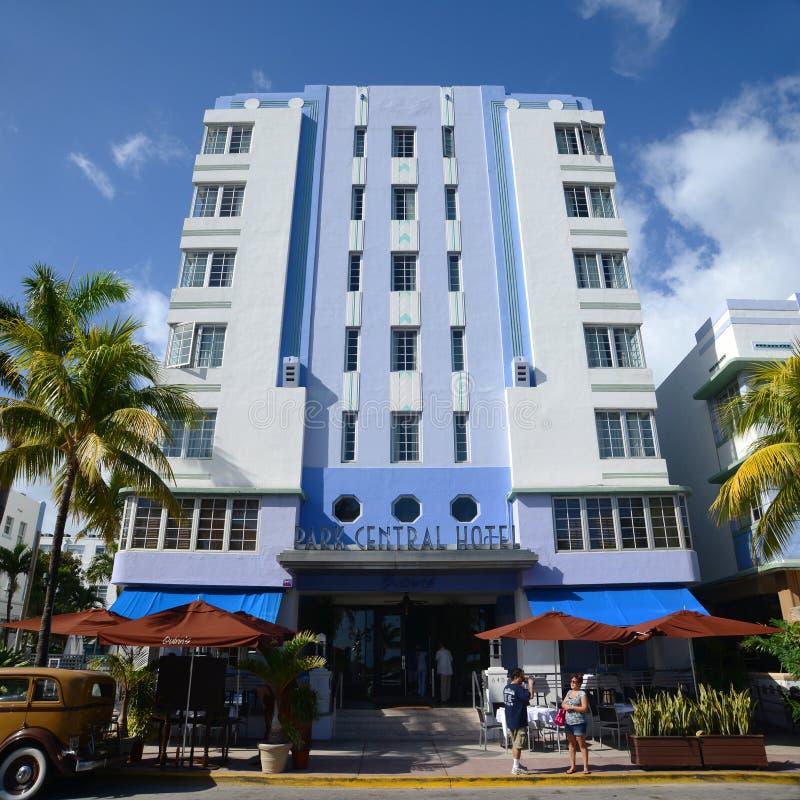 Art déco utformar parkerar central i Miami Beach fotografering för bildbyråer