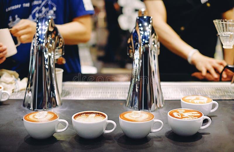 Art de latte de café photos stock
