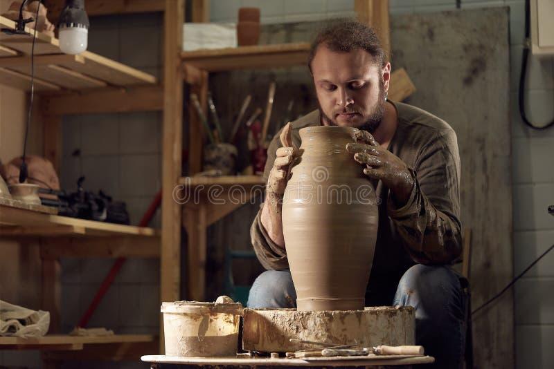 Art de poterie, produit d'argile, bâti images libres de droits