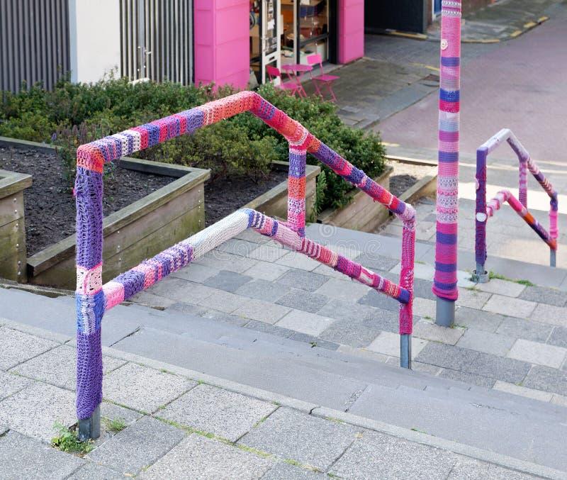 Art de tricotage urbain de rue images stock