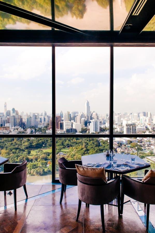 Art deco binnenlands eetkamer en luxemeubilair, Bankok-stad stock foto
