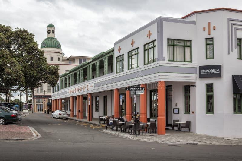 Art Deco Wolnomularski hotel i T&G budynek, Napier, Nowa Zelandia fotografia stock