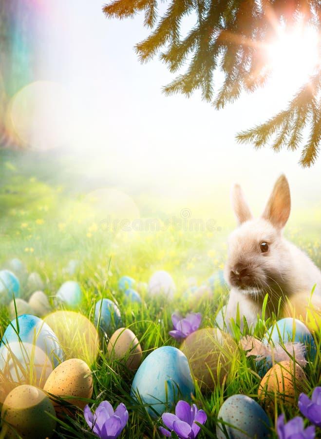 Art Easter-achtergrond; De lente bloeit Pasen-konijntje en Pasen e stock foto's
