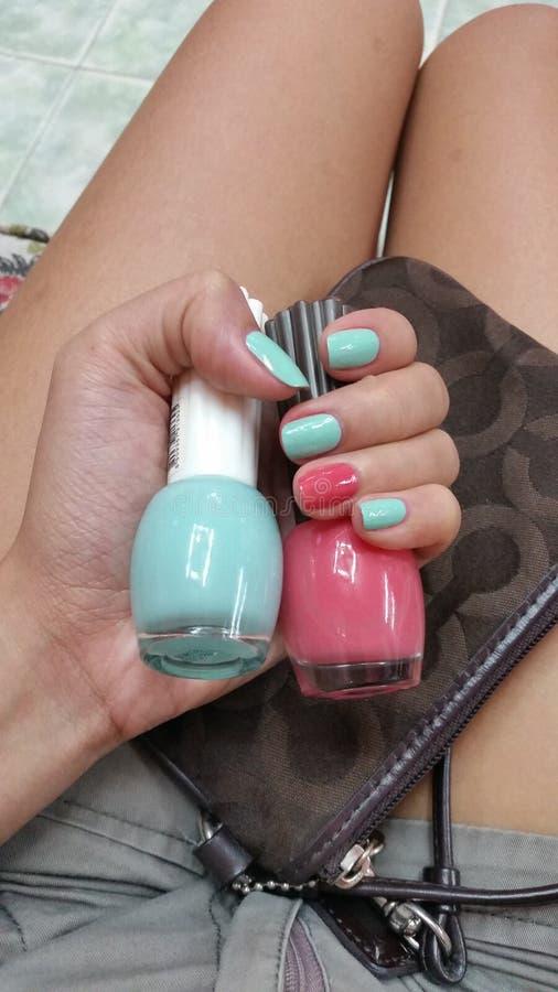 Art en pastel d'ongle de couleurs de vernis à ongles photo libre de droits