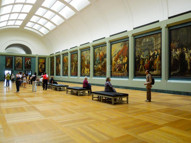 Art Interior Louvre Museum arkivbilder