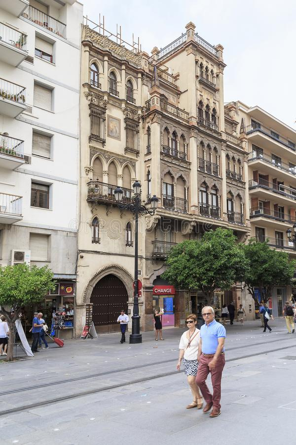 Art Nouveau hus i Seville arkivfoto