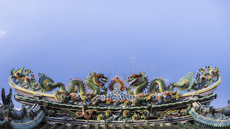 Art of roof on Thian Fan foundation shrine( Wat Leng Nei Yee Chinese temple) in Yaowarat road,Bangkok. Bangkok, Thailand - September 3, 2016 : Art of roof on stock image