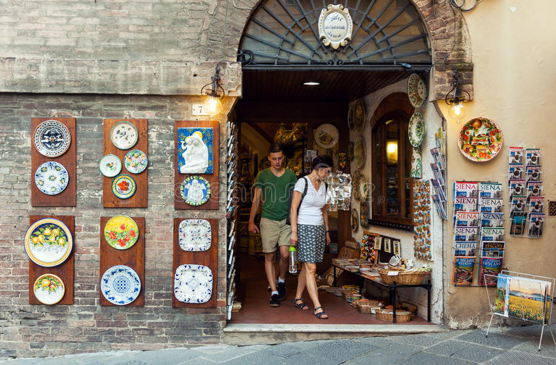 Art and souvenir shop in Italy royalty free stock images