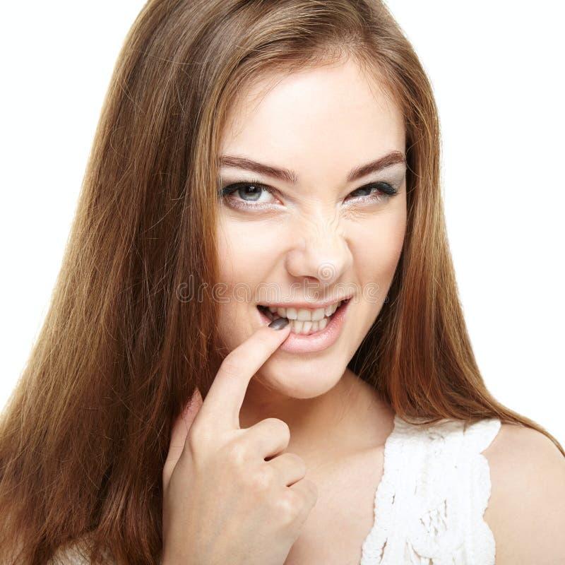 Art und Weiseverfassung Lächeln des jungen Mädchens stockfotos