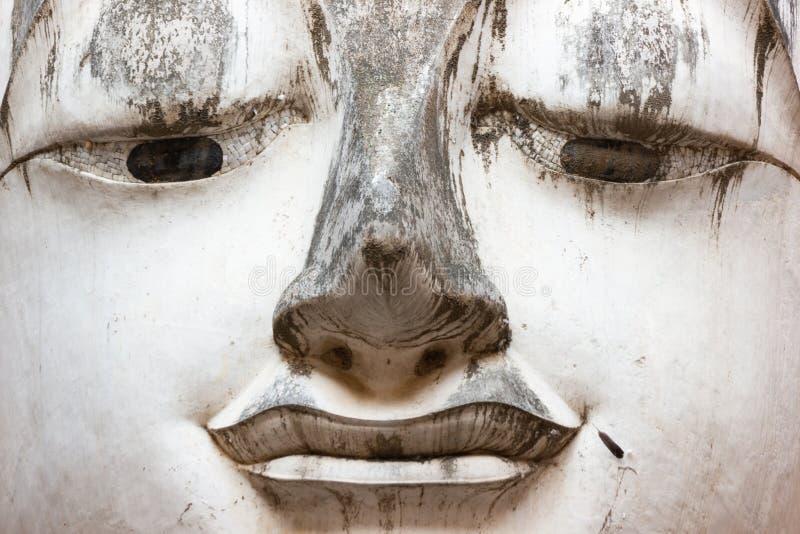 Arte antiquado a cabeça da estátua da Buda foto de stock