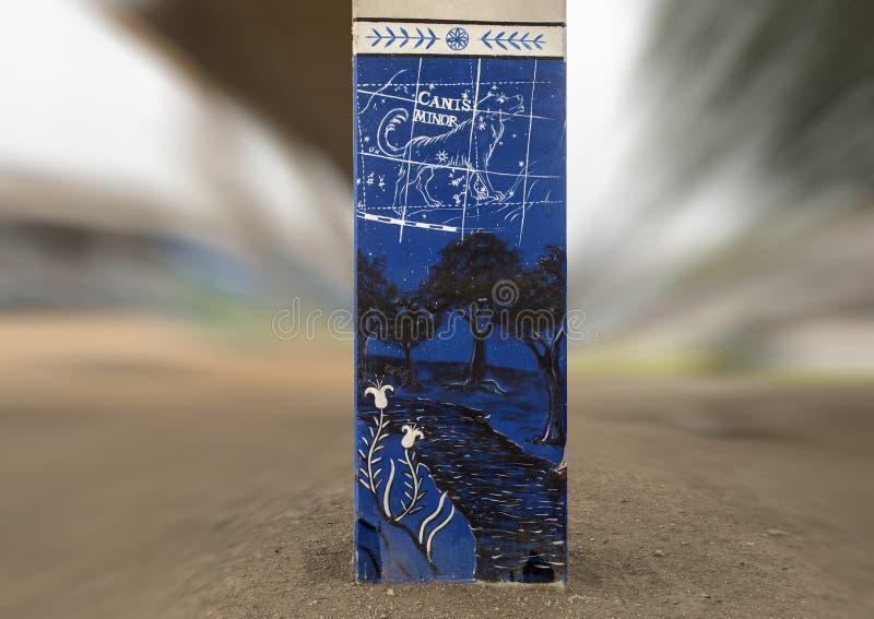 arte Chucho-temático en el parque central, Ellum profundo, Tejas de la corteza imagen de archivo