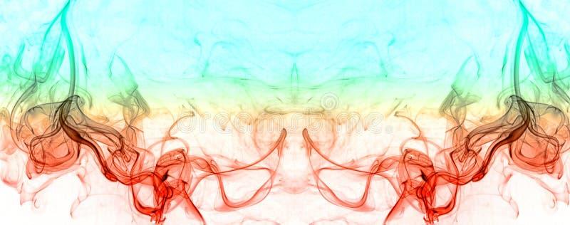 Arte coloreado del modelo del humo en el fondo blanco imagen de archivo libre de regalías
