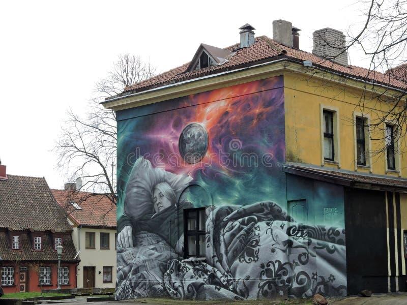 Arte da pintura da rua, Lituânia fotos de stock