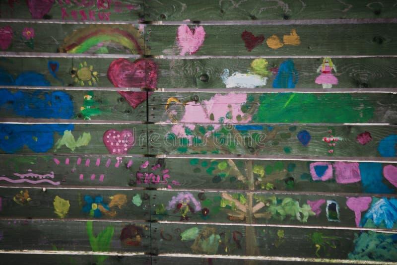 arte da rua das crianças diferentes fotografia de stock